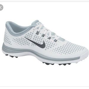 New W/O tags Nike Luna Arlon women's golf shoes.